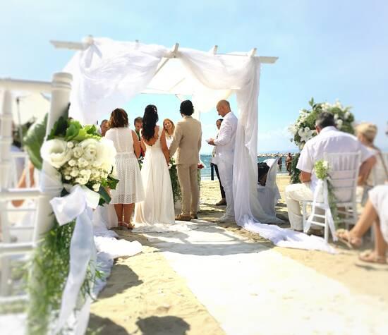 wedding on the beach rito civile matrimonio sulla spiaggia location sul mare follonica tuscany il Boschetto
