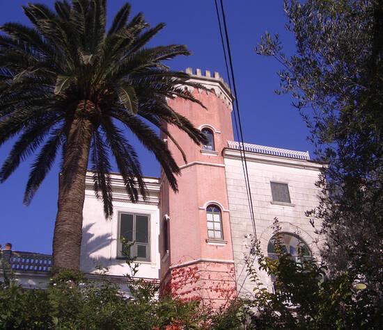 Villa Cafiero.