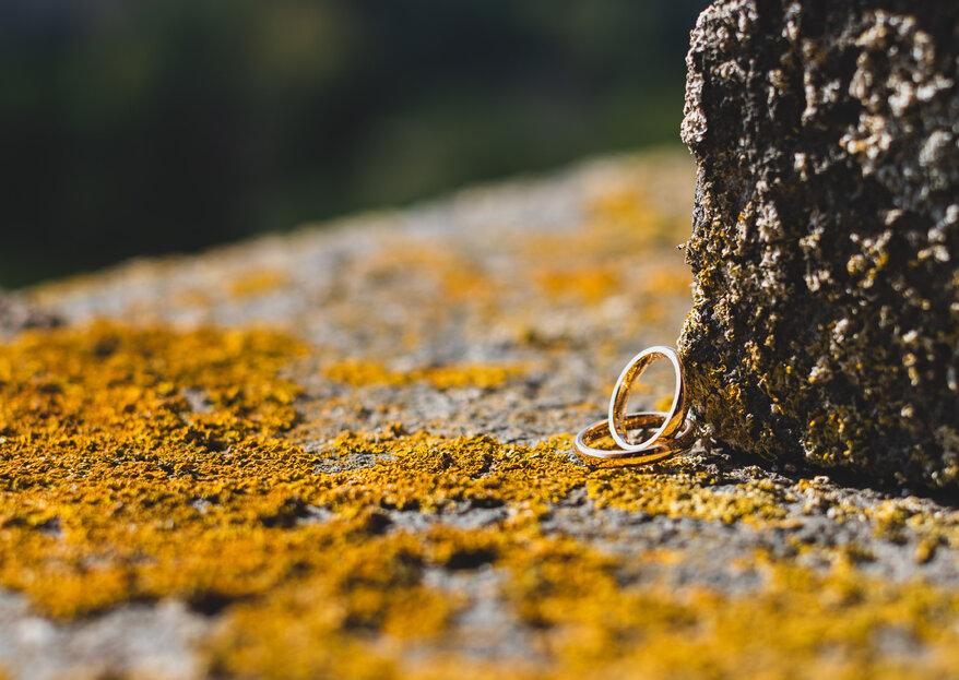 Su quale dito si indossano fede e anello di fidanzamento e perché