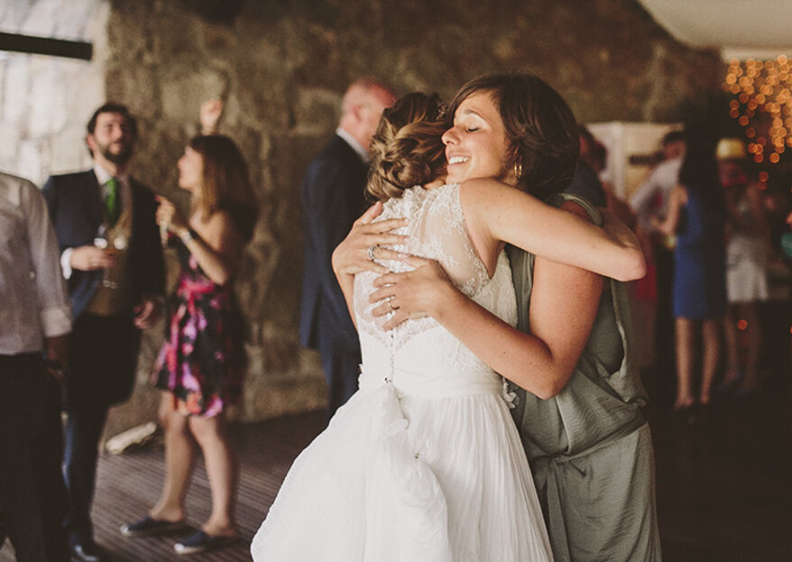 I 23 momenti del tuo matrimonio in cui non puoi proprio fare a meno della tua migliore amica!