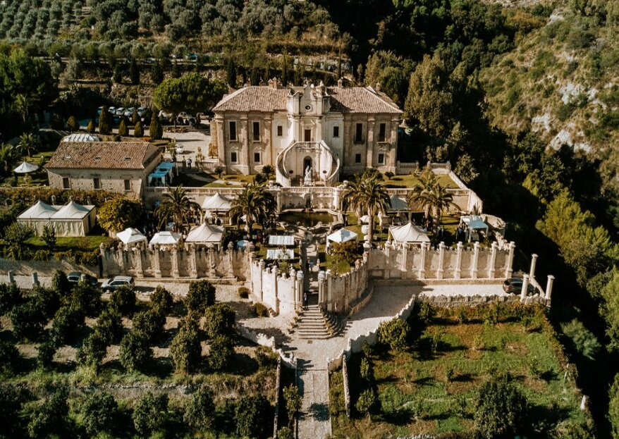 Villa Caristo- Ricevimenti Esclusivi vi offre una cornice mozzafiato per il più bello dei matrimoni!
