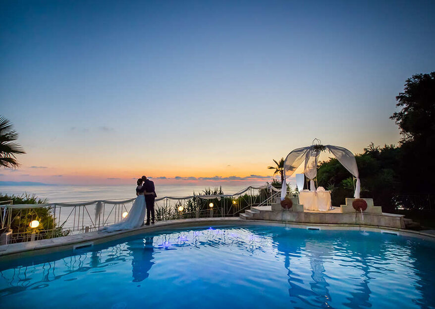 CapoSperone Resort vi dichiarerà marito e moglie affacciati su un panorama indimenticabile...