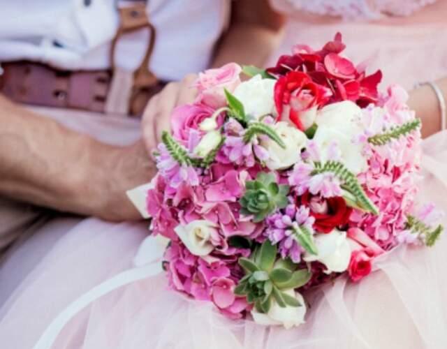 Addobbi floreali e bouquet da sposa in Italia