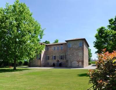 Villa Valentini, Casalgrande